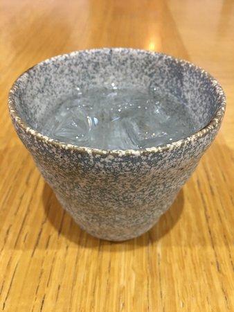 Chinese Cuisine Chohakkai: 黒霧島ロックなぞ