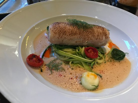KOLLAZS - Brasserie & Bar: Fish stuffed with seafood