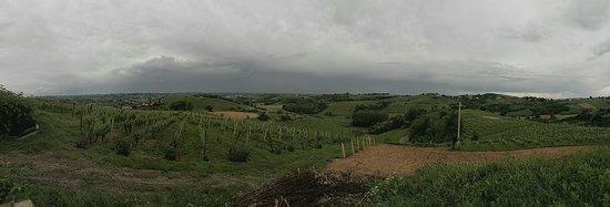 Priocca, Ιταλία: PANO_20180513_174915_large.jpg