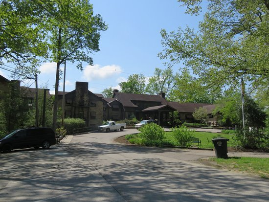 Cumberland Falls State Resort - Dupont Lodge: A view of the Dupont Lodge