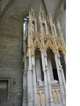 Chartreuse du Val de Bénédiction : Mausoleum van paus Innocentius VI