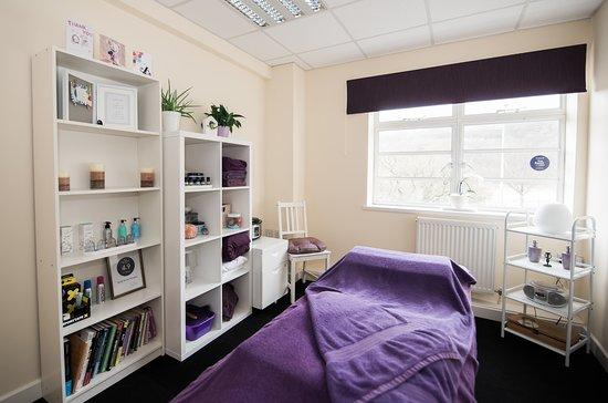 Pontypridd, UK: Treatment Room at Sarah Davies Therapies