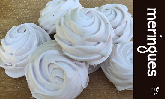 Selkirk, Canada: We have a variety of meringues at Ubuntu. Choose traditional, espresso, strawberry or many more