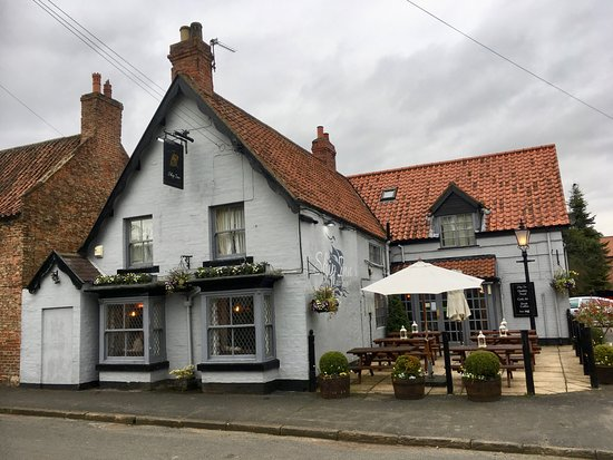THE SHIP INN ALDBOROUGH