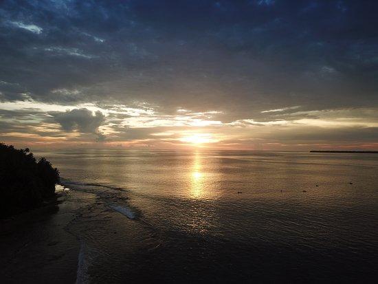 Tello Island: Sibolo Beach