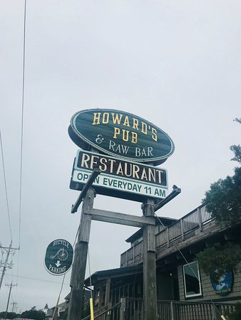 Howard's Pub: Sign that we are FINALLY on the island