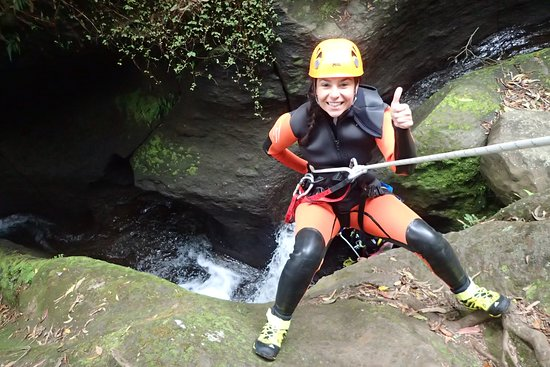 Rope Adventures: The first rappell of the hike