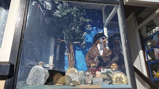 The Smuggler's Rest Hotel: Display window
