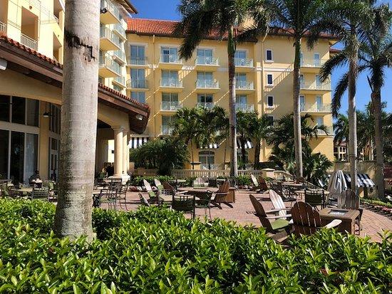 The Ritz-Carlton Golf Resort, Naples: back terrace, great spot to eat breakfast