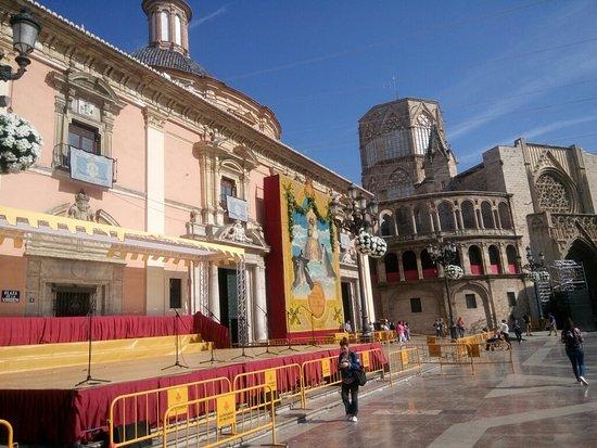 Basilica de la Virgen de los Desamparados : DSC_1027_large.jpg