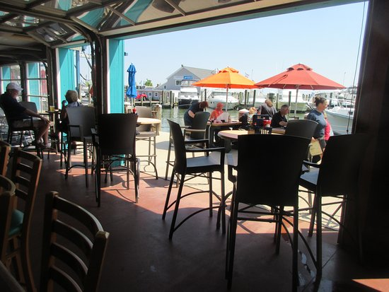Grasonville, MD: Outdoor seating