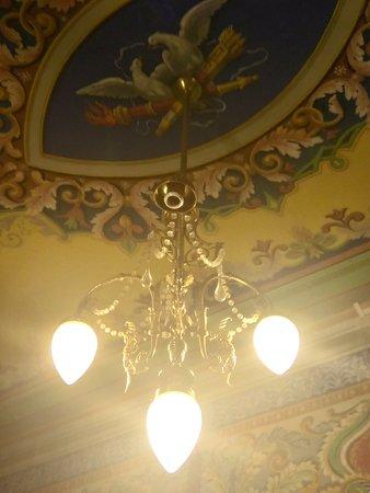 Museo de Arte de Sabadell: Lámpara Habitación