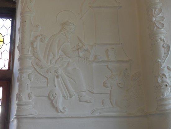 Soest, Burghofmuseum, Rittersaal, stucco reliefs