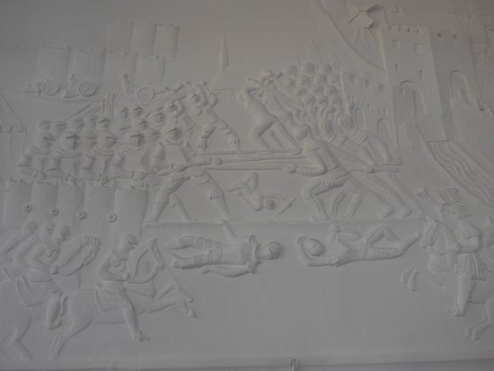 Soest, Burghofmuseum, Rittersaal, stucco relief