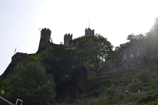 Trechtingshausen, Tyskland: Vista del exterior del castillo