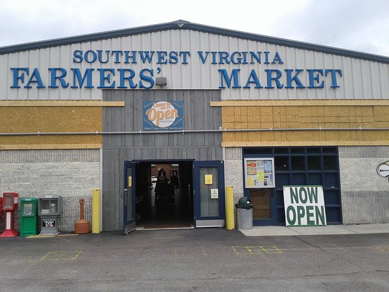 Southwest Virginia Farmers Market: Entrance to the market.