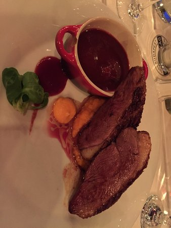 Borbirosag : Disappointing Duck breast entree