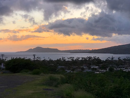Hali`a Tours and Transportation LLC: Sunsetting over Diamond Head Crater.