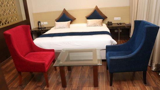 Khatu, อินเดีย: Suite room