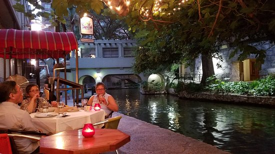 Houston To San Antonio >> 20180516 203229 Large Jpg Picture Of Bella On Houston San Antonio