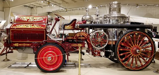 Owls Head, ME: Gorgeous fire engine