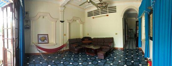 ML's House: Living room