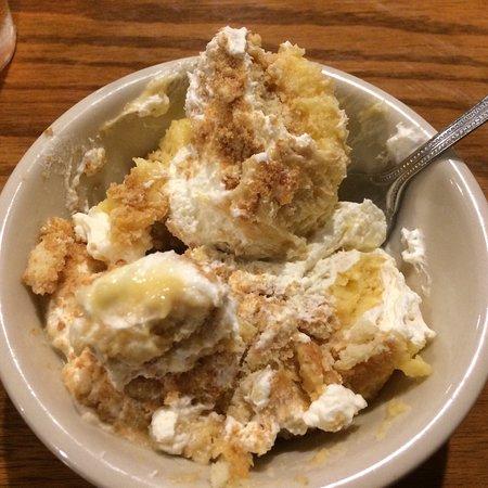 Priceville, AL: Banana pudding for desert.