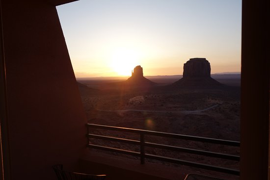 The View Hotel: watching sunrise on our room balcony
