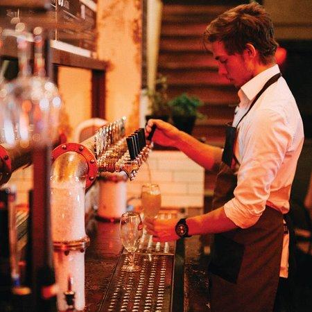 craft co bar picture of merchant lane mornington. Black Bedroom Furniture Sets. Home Design Ideas