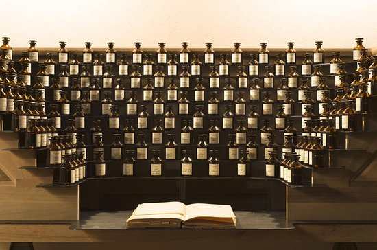 Visite guidée du musée du Parfum...