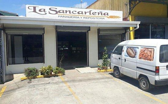 San Rafael de Guatuso, Costa Rica: Panadería y Repostería La Sancarleña