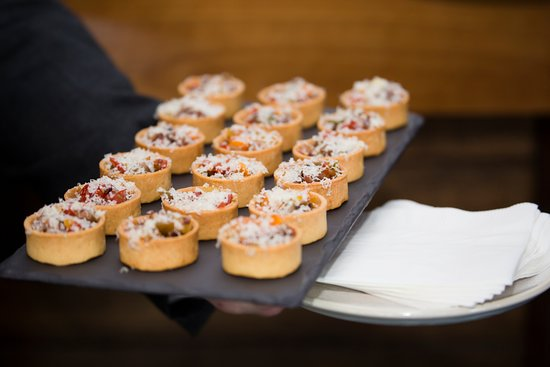 McMahons Point, Australia: Canapes