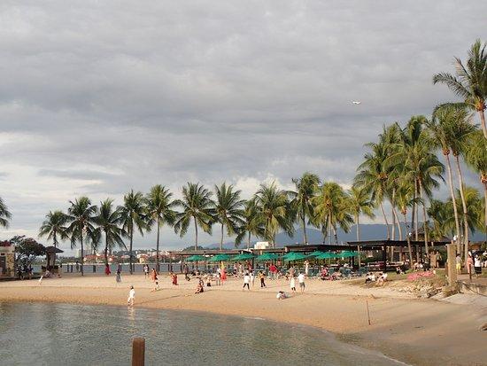Shangri-La's Tanjung Aru Resort & Spa: beach area