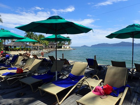 Shangri-La's Tanjung Aru Resort & Spa: pool area