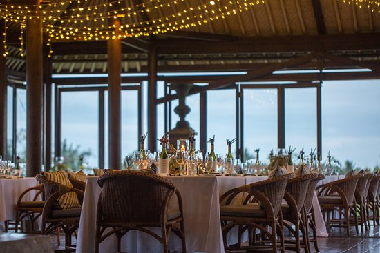 The Restaurant at The Chedi Club Tanah Gajah: Group dining experience with a view