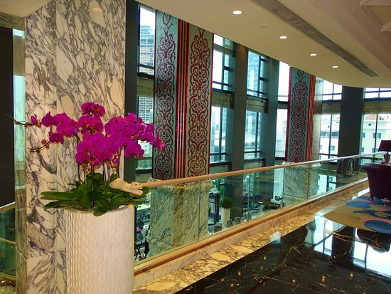 The Reverie Saigon: Lobby area of the hotel, with LuxuryTravelCamel