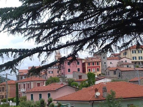 Montemarcello, Италия: le village