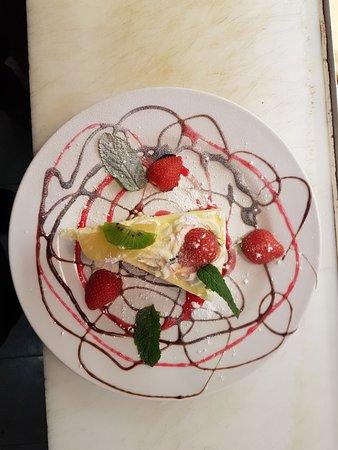 Arco Bar: Lemon cheesecake