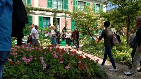 Claude Monet Evi ve Bahçeleri Resmi