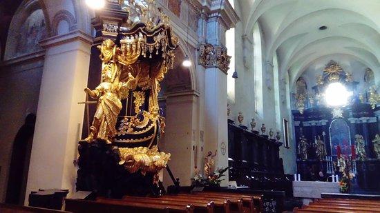 Benedictine Abbey of Tyniec: Wnętrze kościoła