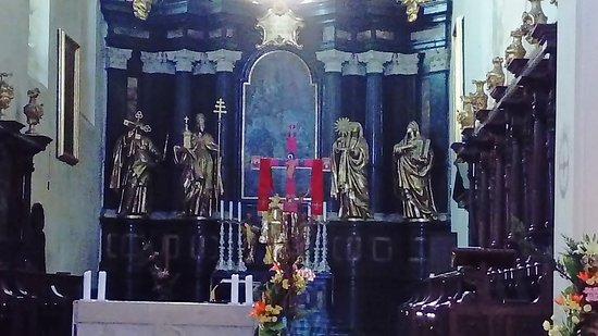 Benedictine Abbey of Tyniec: Ołtarz