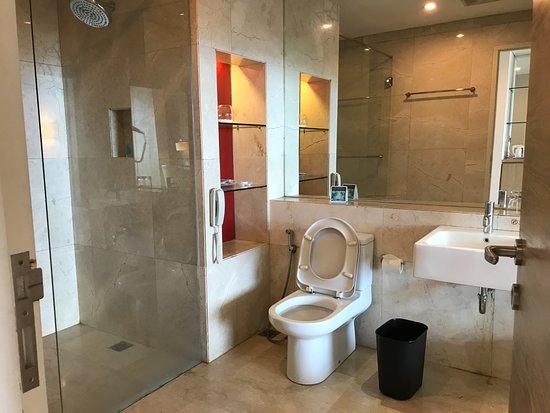 峇里巴板加特拉飯店照片