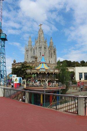 Parc d'Atraccions Tibidabo: Парк развлечений