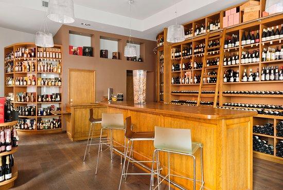 1862 Wines & Spirits