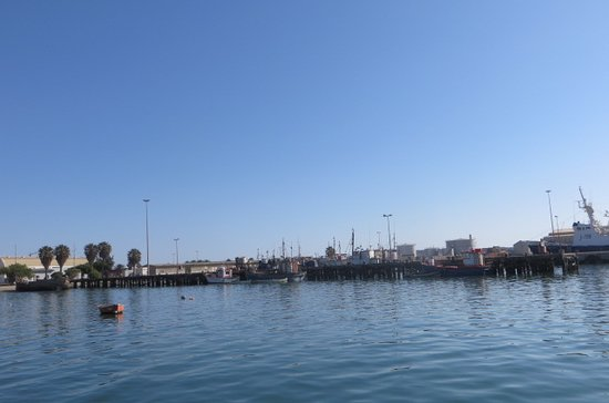 LÜDERITZ NEST HOTEL: View of harbour from Waterfront jetty