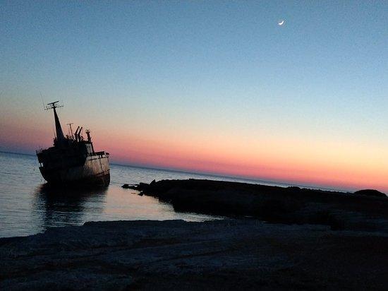 Tsada, Cypr: Sunset at edro 111