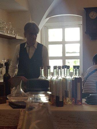 Taverna Dei Fieschi: mister gentilezza