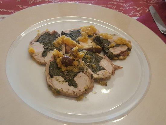 Torriglia, Ιταλία: il secondo: coniglio asciutto senza salsa per dare un minimo di accompagnamento e 2 olive 2!!!!!