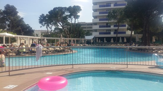 Golden Port Salou & Spa: View from kids pool