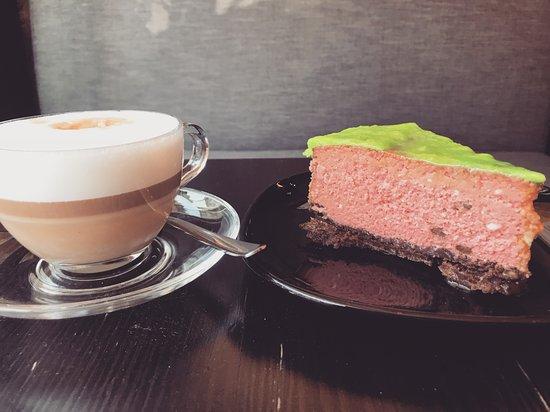 Marshal food: Sernik arbuzowy, cappuccino